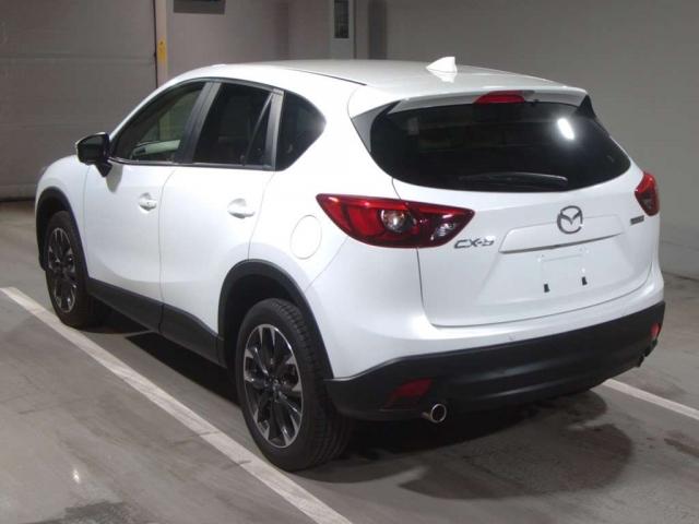 Mazda CX–5 2015 год, объем 2 л, 155 л.с.