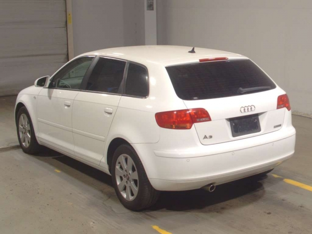 Audi A3, 1.6 л, 102 л.с