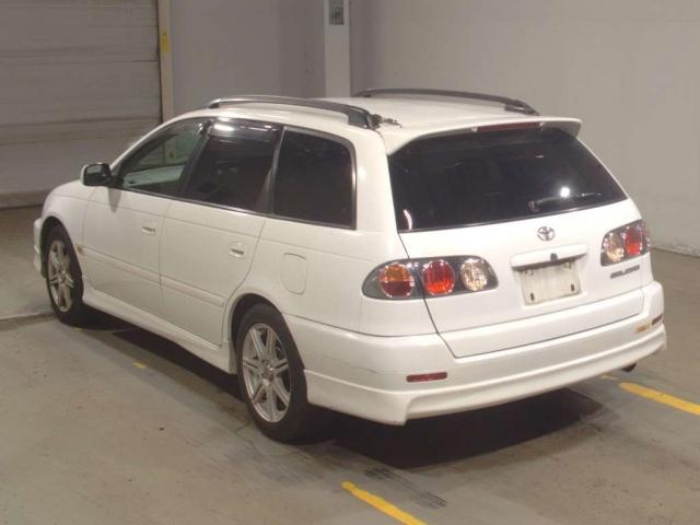 Toyota Caldina ST210 1997–2002г