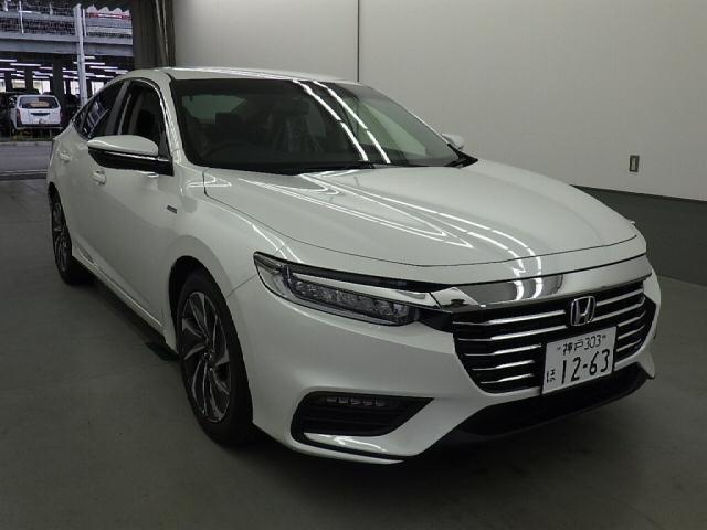 Новая Honda Insight уже в продаже на аукционах Японии