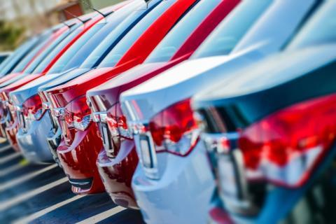 В Госдуме предлагают ввести налоговый вычет Дальневосточникам при покупке автомобиля за рубежом.