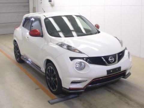Nissan Juke 2015 год, объем 1.6 л, 200 л.с.